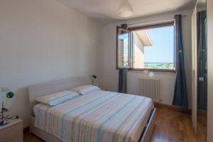 L'Agenzia Immobiliare Puzielliproponeappartamento con stupenda vista mare in vendita a Porto San Giorgio (11)