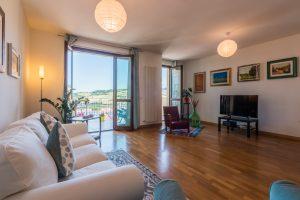 L'Agenzia Immobiliare Puzielliproponeappartamento con stupenda vista mare in vendita a Porto San Giorgio (4)