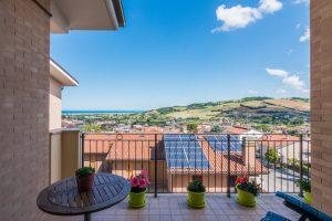 L'Agenzia Immobiliare Puzielliproponeappartamento con stupenda vista mare in vendita a Porto San Giorgio (6)