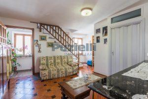 L'Agenzia Immobiliare Puzielli, proponecasa in vendita nel centro storico di Fermo (12)