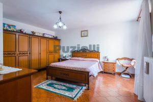 L'Agenzia Immobiliare Puzielli, proponecasa in vendita nel centro storico di Fermo (14)
