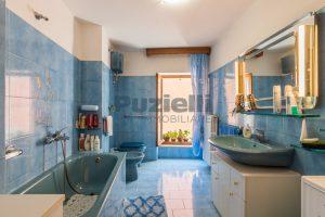 L'Agenzia Immobiliare Puzielli, proponecasa in vendita nel centro storico di Fermo (9)