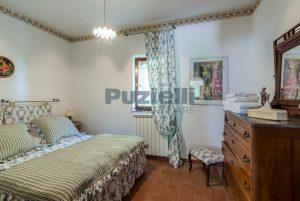 L'Agenzia Immobiliare Puzielliproponecasale con piscina in vendita a Montefiore dell'Aso (18)