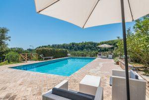 L'Agenzia Immobiliare Puzielliproponecasale con piscina in vendita a Montefiore dell'Aso (42)