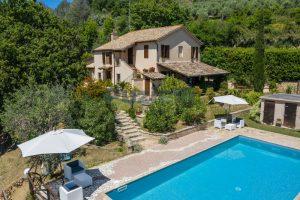 L'Agenzia Immobiliare Puzielliproponecasale con piscina in vendita a Montefiore dell'Aso (5)