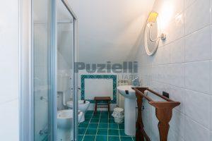 L'Agenzia Immobiliare Puzielliproponecasale con piscina in vendita a Montefiore dell'Aso (9)