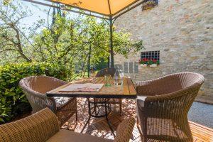 L'Agenzia Immobiliare Puzielliproponeprestigioso casale ristrutturato in vendita a Ripatransone (10)