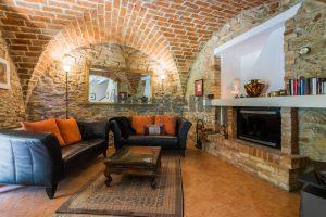 L'Agenzia Immobiliare Puzielliproponeprestigioso casale ristrutturato in vendita a Ripatransone (22)