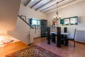 L'Agenzia Immobiliare Puzielliproponeprestigioso casale ristrutturato in vendita a Ripatransone (23)