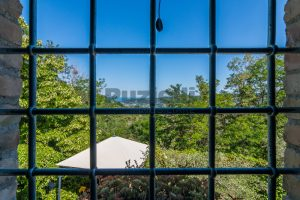 L'Agenzia Immobiliare Puzielliproponeprestigioso casale ristrutturato in vendita a Ripatransone (28)