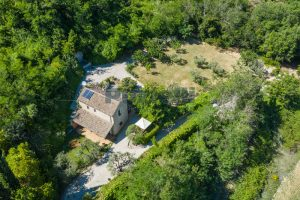 L'Agenzia Immobiliare Puzielliproponeprestigioso casale ristrutturato in vendita a Ripatransone (6)