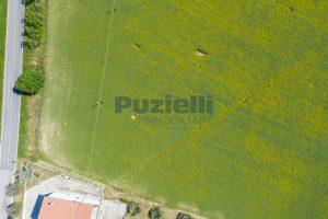 L'Agenzia Immobiliare Puzielliproponeterreno edificabile in vendita a Fermo (1)