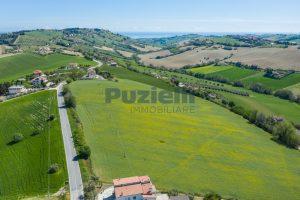 L'Agenzia Immobiliare Puzielliproponeterreno edificabile in vendita a Fermo (3)