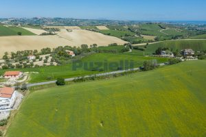 L'Agenzia Immobiliare Puzielliproponeterreno edificabile in vendita a Fermo (5)