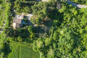 L'Agenzia Immobiliare Puzielliproponevilla con parco in vendita vicino Ascoli Piceno nelle Marche (1)