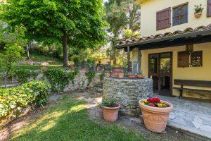 L'Agenzia Immobiliare Puzielliproponevilla con parco in vendita vicino Ascoli Piceno nelle Marche (12)