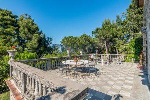 L'Agenzia Immobiliare Puzielliproponevilla con parco in vendita vicino Ascoli Piceno nelle Marche (22)