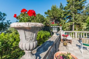 L'Agenzia Immobiliare Puzielliproponevilla con parco in vendita vicino Ascoli Piceno nelle Marche (24)