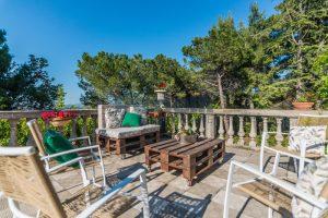 L'Agenzia Immobiliare Puzielliproponevilla con parco in vendita vicino Ascoli Piceno nelle Marche (25)