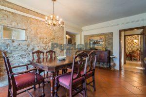 L'Agenzia Immobiliare Puzielliproponevilla con parco in vendita vicino Ascoli Piceno nelle Marche (38)