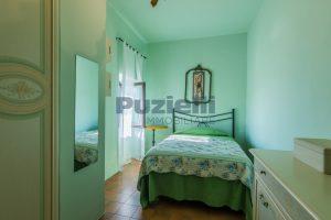 L'Agenzia Immobiliare Puzielliproponevilla con parco in vendita vicino Ascoli Piceno nelle Marche (44)