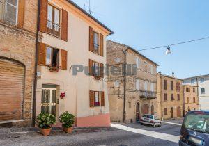 Casa in vendita nel centro storico di Fermo