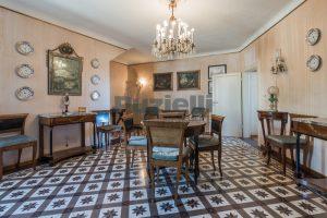 L'Agenzia Immobiliare Puzielli, propone casa con terrazzo in vendita nel centro storico di Fermo (13)