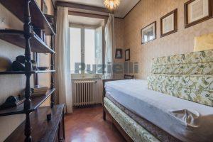 L'Agenzia Immobiliare Puzielli, propone casa con terrazzo in vendita nel centro storico di Fermo (14)