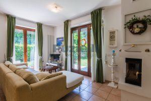 L'Agenzia Immobiliare Puzielli, proponeappartamento con giardino in vendita a Pedaso (2)