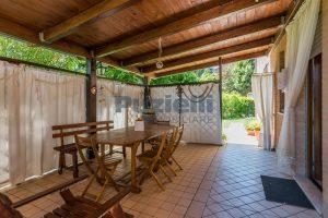 L'Agenzia Immobiliare Puzielli, proponeappartamento con giardino in vendita a Pedaso (29)