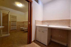 L'Agenzia Immobiliare Puzielli, propone appartamento con giardino in vendita a Santa Caterina (10)