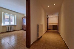 L'Agenzia Immobiliare Puzielli, propone appartamento con giardino in vendita a Santa Caterina (13)