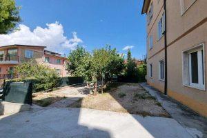 L'Agenzia Immobiliare Puzielli, propone appartamento con giardino in vendita a Santa Caterina (3)
