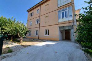 L'Agenzia Immobiliare Puzielli, propone appartamento con giardino in vendita a Santa Caterina (4)