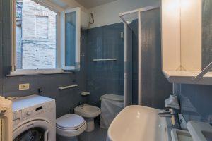L'Agenzia Immobiliare Puzielli propone casa con terrazzo vista mare e monti in vendita nel centro storico di Fermo (11)