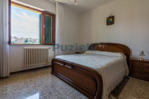 L'Agenzia Immobiliare Puzielli propone casa singola con giardino in vendita a Fermo (15)