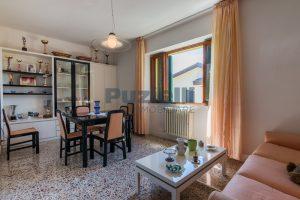 L'Agenzia Immobiliare Puzielli propone casa singola con giardino in vendita a Fermo (18)