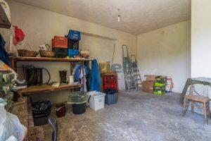 L'Agenzia Immobiliare Puzielli propone casa singola con giardino in vendita a Fermo (2)