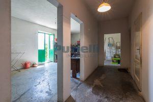 L'Agenzia Immobiliare Puzielli propone casa singola con giardino in vendita a Fermo (4)