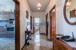 L'Agenzia Immobiliare Puzielli propone casa singola con giardino in vendita a Fermo (8)