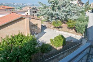 L'Agenzia Immobiliare Puzielli propone casa singola in vendita a Grottazzolina (28)