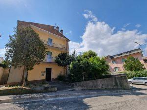 Appartamento con giardino in vendita a Santa Caterina