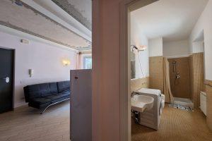 L'Agenzia Immobiliare Puzielli, proponebilocale in vendita nel centro storico di Fermo (10)
