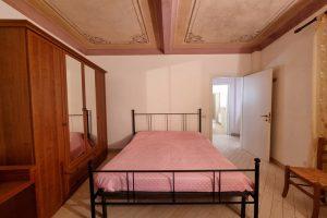 L'Agenzia Immobiliare Puzielli, proponebilocale in vendita nel centro storico di Fermo (12)