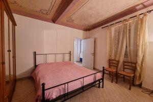 L'Agenzia Immobiliare Puzielli, proponebilocale in vendita nel centro storico di Fermo (13)