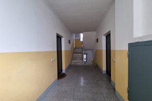 L'Agenzia Immobiliare Puzielli, proponebilocale in vendita nel centro storico di Fermo (15)