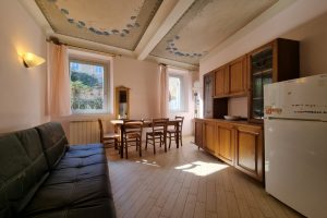 L'Agenzia Immobiliare Puzielli, proponebilocale in vendita nel centro storico di Fermo (3)