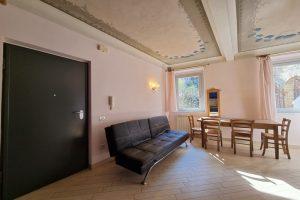 L'Agenzia Immobiliare Puzielli, proponebilocale in vendita nel centro storico di Fermo (4)