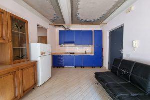 L'Agenzia Immobiliare Puzielli, proponebilocale in vendita nel centro storico di Fermo (8)