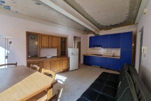 L'Agenzia Immobiliare Puzielli, proponebilocale in vendita nel centro storico di Fermo (9)